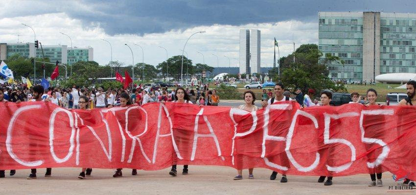 Rui Falcão: PEC 55 arreganha a hipocrisia do governo usurpador