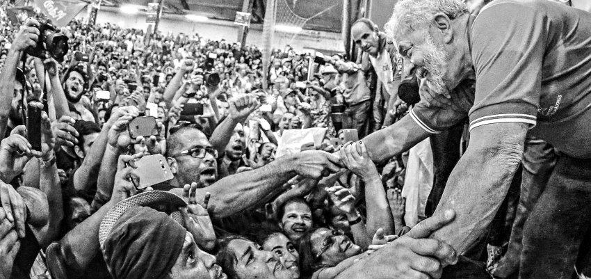 Ana Perunini: Querem acabar com a esperança do povo brasileiro