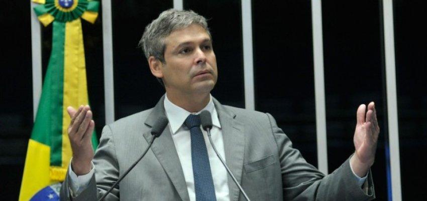 Lindbergh Farias: Manutenção de verba para saúde é engodo do governo