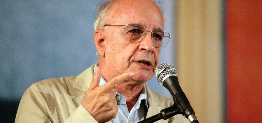 Emir Sader: Isolamento da esquerda se supera com novas ideias e objetivos