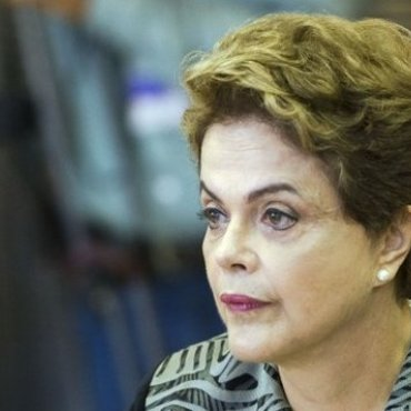 Dilma está entre as 10 mulheres que marcaram o ano, aponta FT
