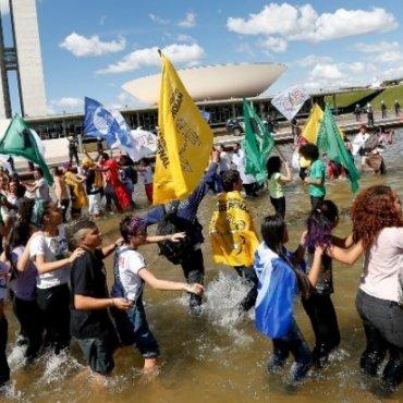 Vitória da juventude: Câmara rejeita redução da maioridade