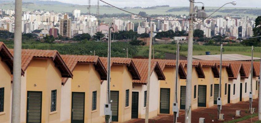 Prefeitura envia para Câmara projeto que dá isenção de tributos para Programa Minha Casa, Minha Vida