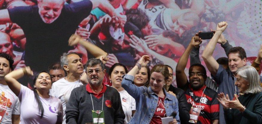 Gleisi Hoffmann é reeleita presidenta do Partido dos Trabalhadores