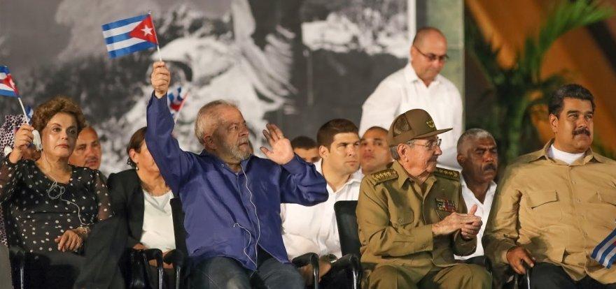 Fidel é enterrado neste domingo em Santiago, junto a líder da independência de Cuba