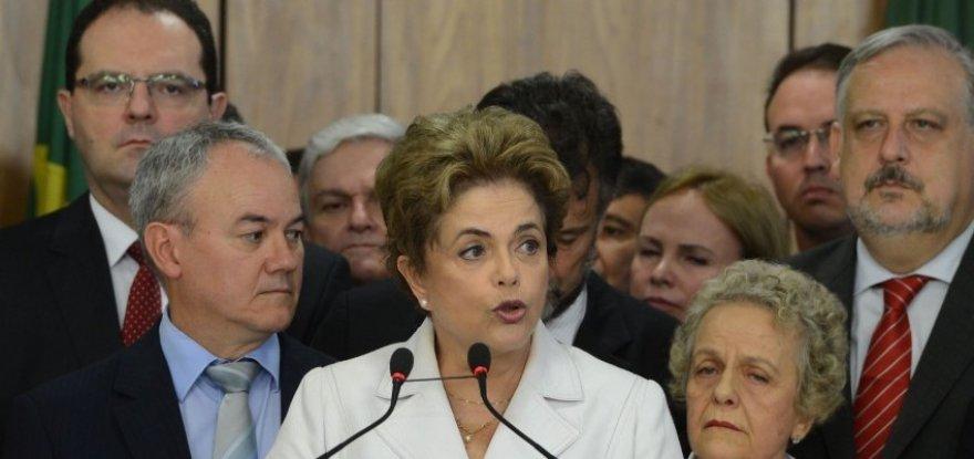 """""""Não existe injustiça maior que condenar um inocente"""", afirma Dilma"""