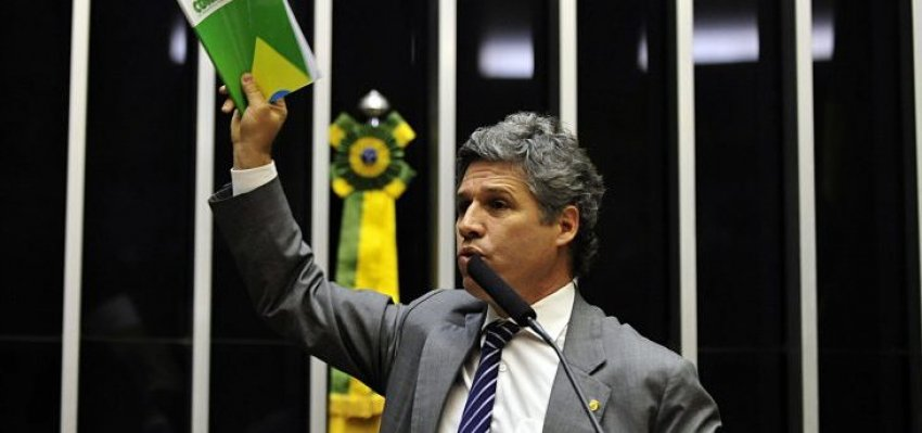 "Paulo Teixeira: ""Cortem-lhe a cabeça!"""