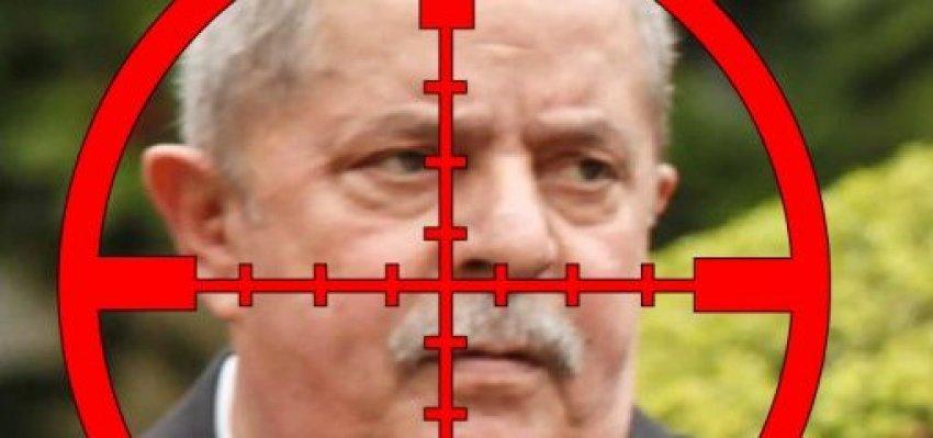 O alvo é o Lula