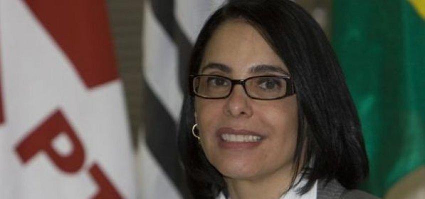 Márcia Rosa: Da traição, não se volta