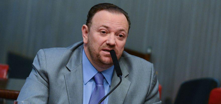 Governo não interfere em nenhuma investigação, garante Edinho Silva