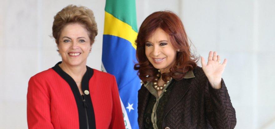 Dilma presta homenagem à presidente da Argentina
