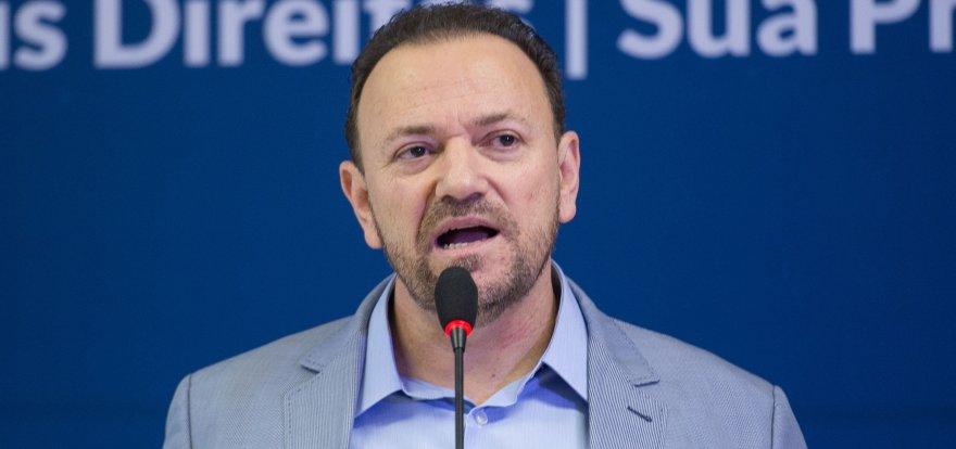 Edinho critica vazamentos seletivos e tentativa de criminalização do PT