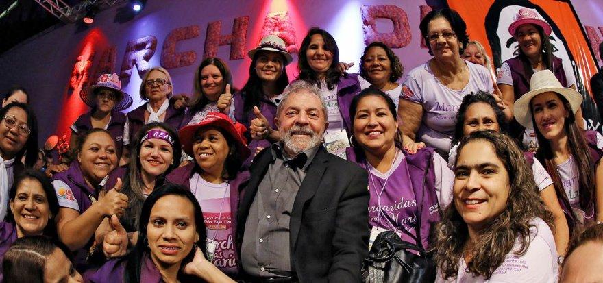 """""""Ninguém ameaçará a democracia"""", garante Lula na Marcha das Margaridas"""