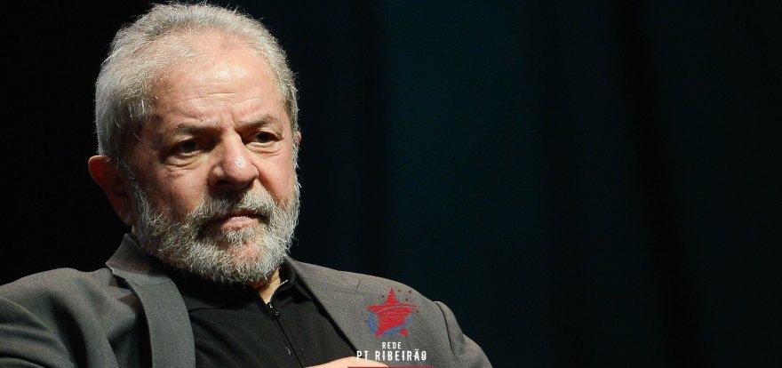 """Lula nega acusação de tentar comprar silêncio de Cerveró; """"Vou defender a minha honra"""""""
