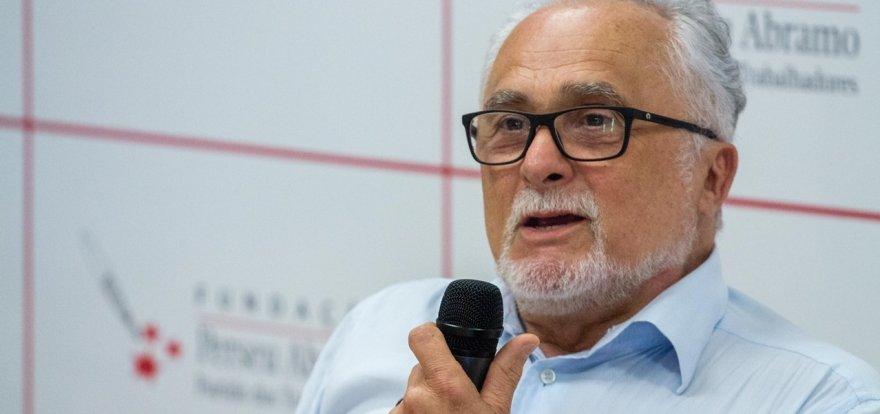 Entrevista com Genoíno marca lançamento de livro sobre socialismo no PT