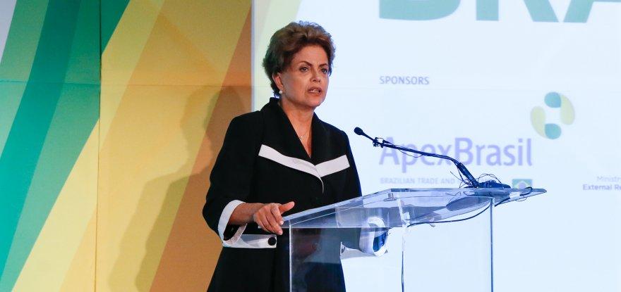 Em Nova York, Dilma pede confiança e investimentos no Brasil
