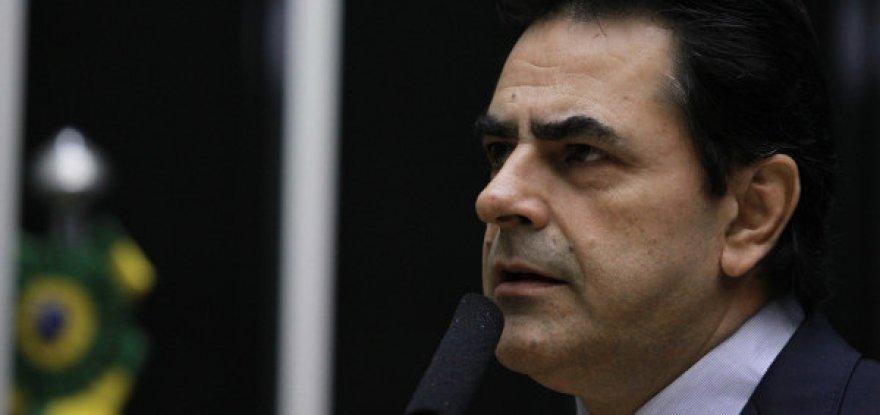 Filho de Lula ingressa com queixa-crime no STF contra tucano
