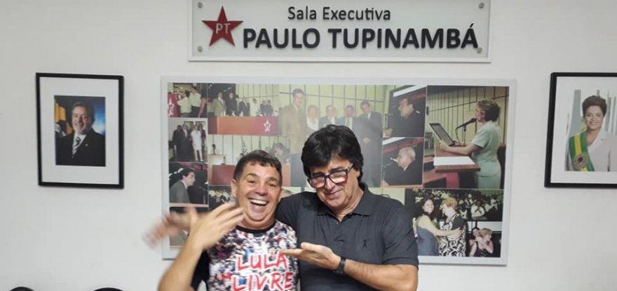 Márcio Coelho é entrevistado por rádio argentina