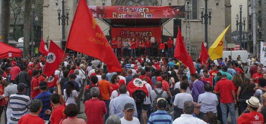 Primavera Democrática reúne mais de 3 mil, em São Paulo
